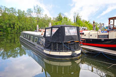 A beautiful  65' wide beam narrowboat