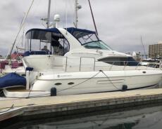 2001 Cruisers Yachts motor yacht