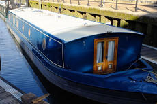 65 x 12 Widebeam with London Mooring