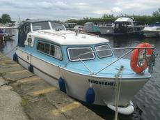 Nauticus 22 Cabin Cruiser