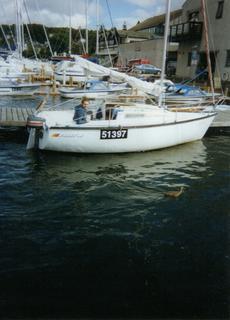Benetau First 18 trailer sailer yacht
