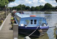 2 Cabin Widebeam & Residential Mooring in Brentford, West London