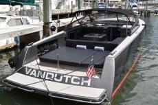 2014 VanDutch 40