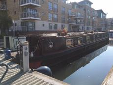 beautiful narrow boat brentford