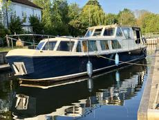 Widebeam Dutch barge liveaboard canalboat River Cruiser