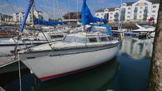 DUFOUR 2800, BETA ENGINE LIKE NEW 100 HOURS,  £7995