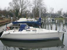 HANSE 292, ROOMY WELL DESIGNED 6 BERTH YACHT
