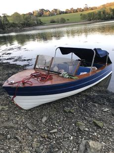 1958 Broom Viking :runabout mercury 20hp 4 stroke