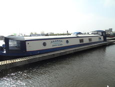 Lovely 60' x 11' Widebeam at Saul Junction Marina