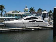 2003 Cruisers Yachts 405 Express Motoryacht
