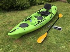 Wilderness Systems Tarpon 100 Kayak and Paddle