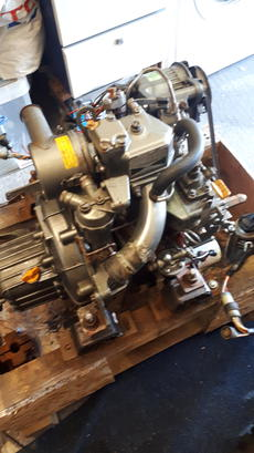 Marine Engines for sale, used outboards motors, new inboard engine