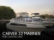 1988 Carver 32 Mariner