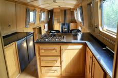 SASSENACH - 60' x 9' High Spec Widebeam liveaboard