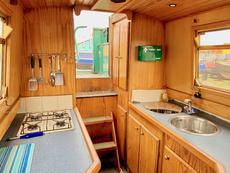 RUBY TUESDAY - 57' Semi Trad Stern Narrowboat