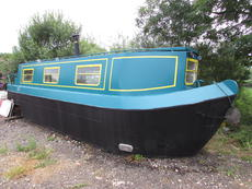 Amazingly spacious 30ft narrowboat