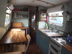2004 narrowboat 55ft with mooring 30 mins from central London