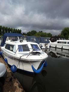 Viking 20' Motor Cruiser