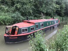 Unique Paddle Boat - Kennet & Avon Canal