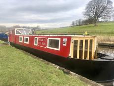 45ft Narrow boat Matilda Jayne seen on George Clarkes Amazing Spaces
