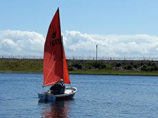 Classic Wooden Mirror Sailing Dinghy