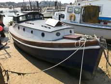 Sirona: beautifully converted life boat
