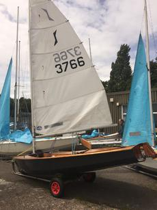 Solo dinghy 3766
