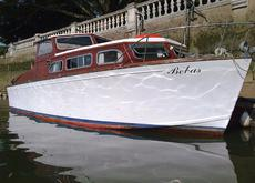 28ft OSBORNE KESTREL CLASS MOTOR-CRUISER - Project to Complete