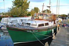 32ft Motor Cruiser project boat built by AE & S Rea of Hull
