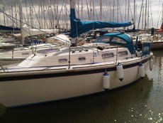 Popular Family Cruising Yacht Westerly Griffon II (twin keel)