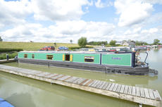 SOPHIE 59ft 10in semi-trad narrowboat for sale with 6 berths