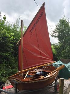 7ft traditional clinker built Barrowboat sailing dinghy