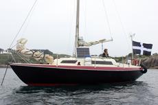 Liveaboard yacht off grid ready Marcon tomahawk fin keel