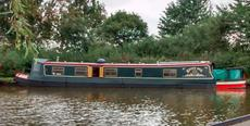 "Widebeam Narrowboat ""Betty Boo"""