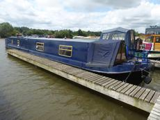 Reverse laylout Narrow boat