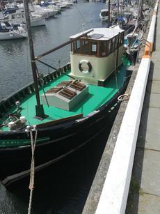 AVAIL 40ft MFV Seaworthy Houseboat