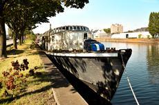 House Cafe Boat