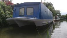 Widebeam Spacious Houseboat on Permanent mooring