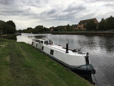 Unusual 55ft live aboard project narrowboat