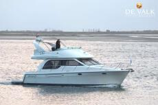 2000 3788 Command Bridge Motoryacht
