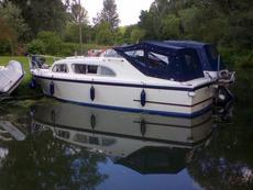 Elysian 27 in very good condition