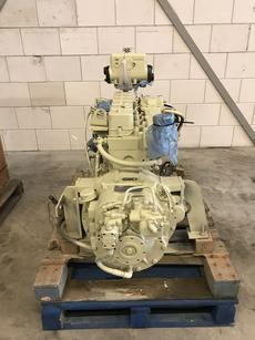 CUMMINS 6BT 5.9 MARINE ENGINE + GEARBOX TWIN DISC  MG 506 RED 1.93:1