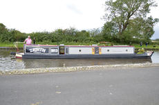 ZENITH 57ft 1in trad narrowboat with 4 berths