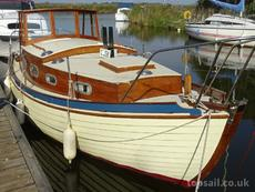 1990 Finesse 24 Motor Cruiser - topsail.co.uk