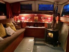 Beautiful 10ft Widebeam Dutch barge liveaboard canalboat houseboat