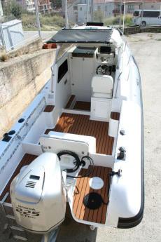 Sacs Cabin 650 + Honda 225 4 Stroke