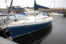 Elan 333 Built 2002 Deep Keel, Tiller version