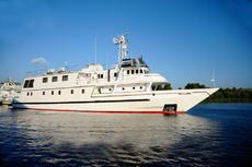 37m Steel Motor Yacht, Maldives