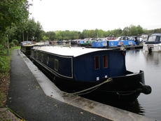 57X12 Wide Beam Built 20011 By Aintree Boats