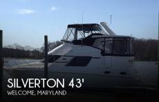 2002 Silverton 392 Aft cabin